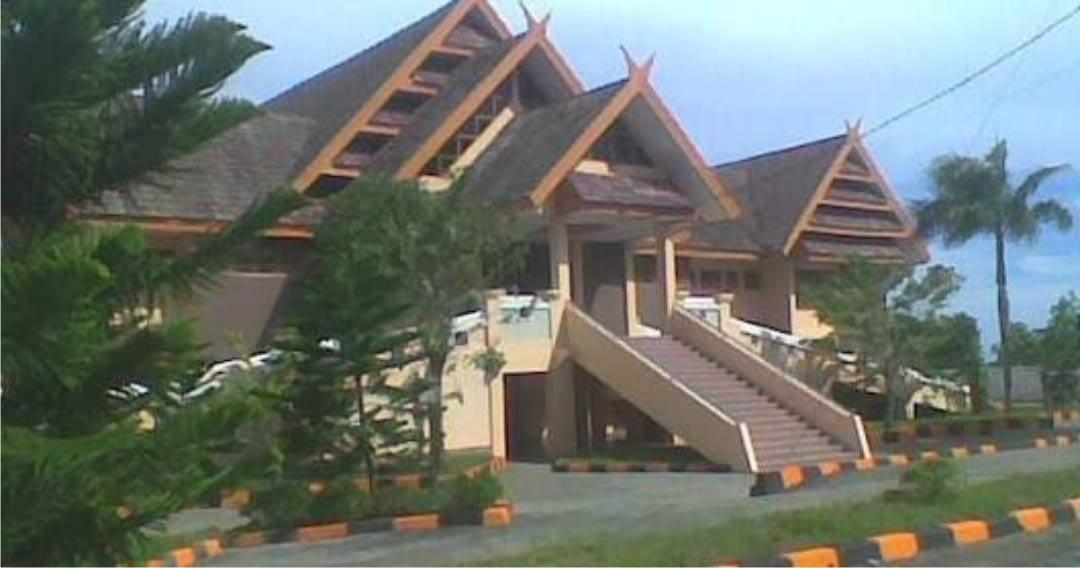 kantor dprd bulukumba