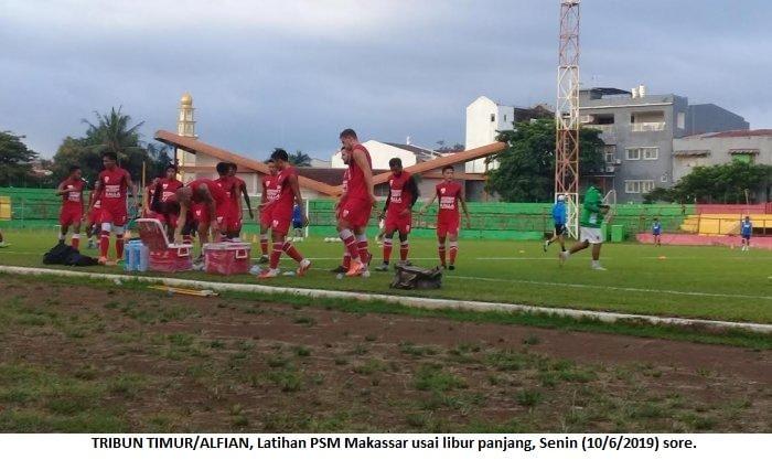 TRIBUN TIMUR/ALFIAN Latihan PSM Makassar usai libur panjang, Senin (10/6/2019) sore. Artikel ini telah tayang di tribun-timur.com dengan judul PSM Makassar Away Ke Markas Becamex, Hanya Bawa Dua Penyerang Winger, https://makassar.tribunnews.com/2019/06/17/psm-makassar-away-ke-markas-becamex-hanya-bawa-dua-penyerang-winger. Penulis: Alfian Editor: Syamsul Bahri